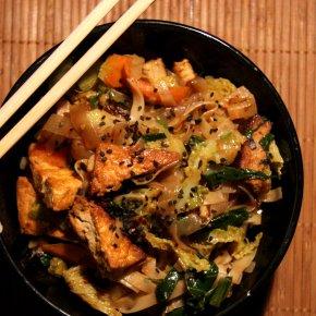 Pak Choi, Tofu und zweierleiNudeln